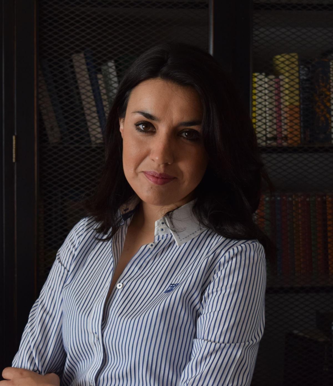 Ana López de San Román Alves